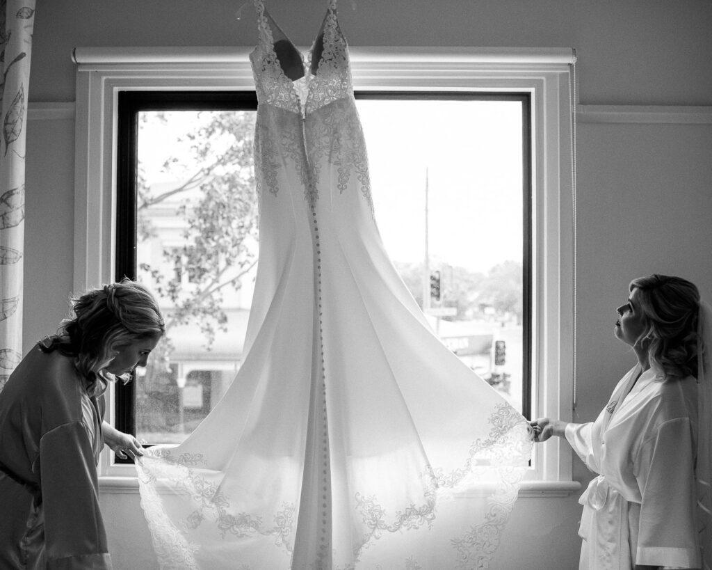 Liss hillam photography wagga wedding photographer